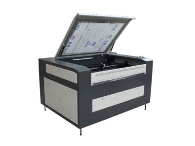 Máquina de gravação a laser / Gravador a laser